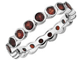 Red Garnet Ring 1.60 Carat (ctw) in Sterling Silver