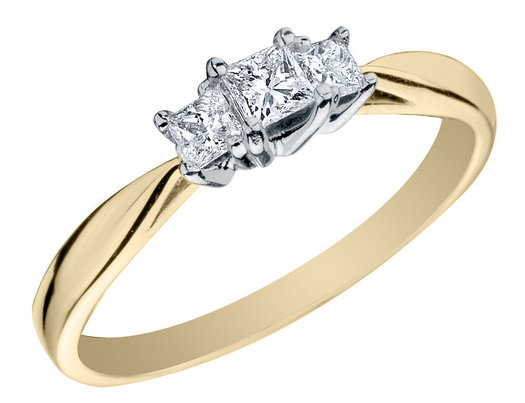 Princess Cut Three Stone Diamond Engagement Ring and Anniversary Ring 1/4 Carat (ctw) in 14K Yellow Gold